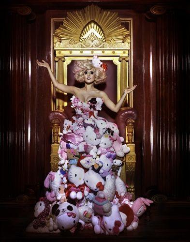 Hello Kitty y Lady Gaga  - Lady Gaga y Hello Kitty