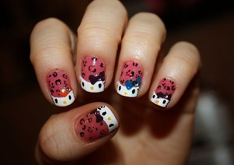 hello kitty unas leopardo  - Uñas de Hello Kitty