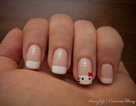 hello kitty unas francesas muneca