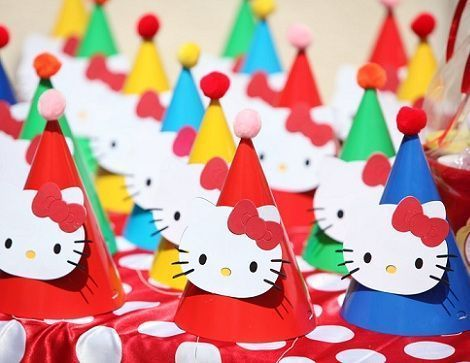 cumpleanos hello kitty jardin sombreros