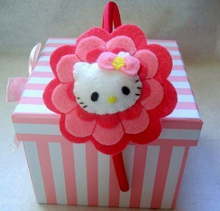 Diademas con fieltro de hello kitty - Como hacer diademas ...