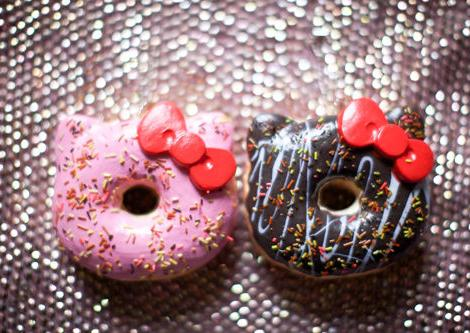 donuts hello kitty