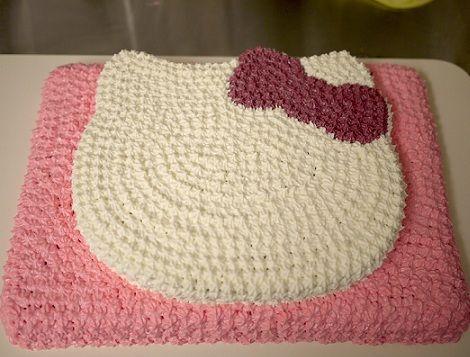 hacer una tarta de hello kitty lazo