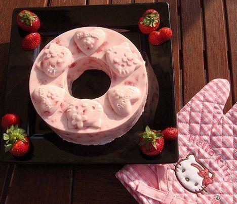 fotos hello kitty originales tarta fresas