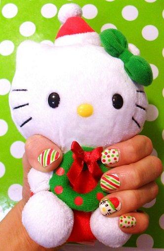 ideas para pintar tus uñas de navidad con hello kitty
