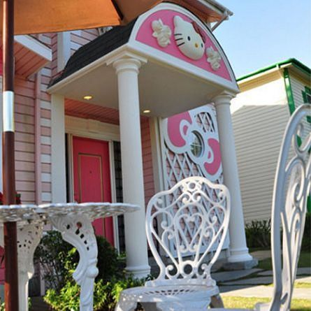 casa hello kitty porche