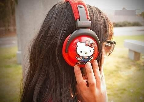 imagenes hello kitty auriculares
