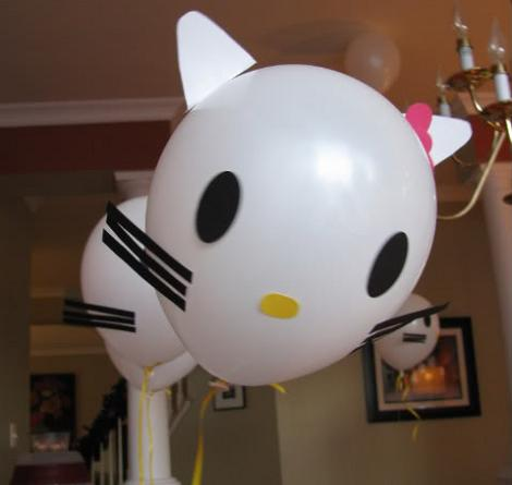 manualidades globos hello kitty