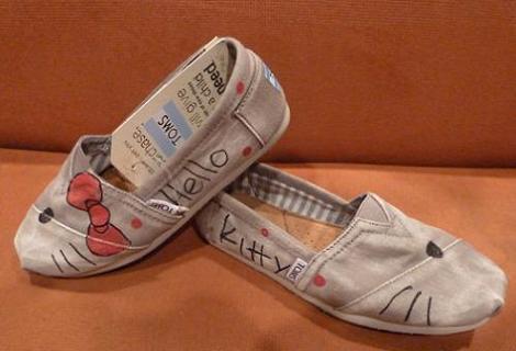 manualidades zapatillas hello kitty
