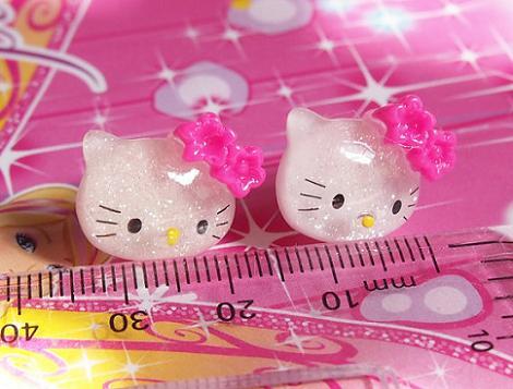 Pendientes Hello Kitty brillantes