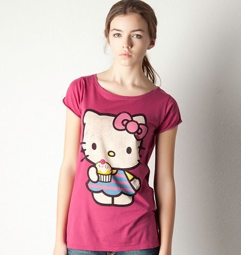 ropa hello kitty pull and bear camiseta rosa