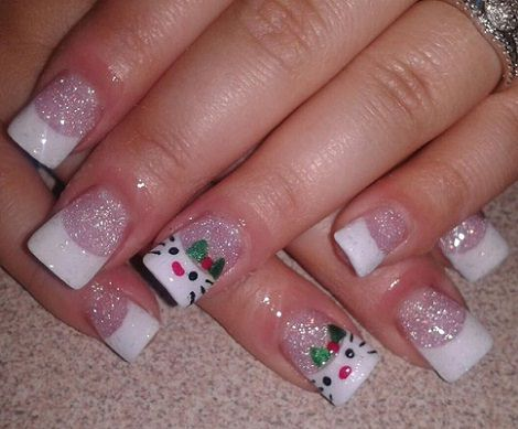 manicura francesa con hello kitty